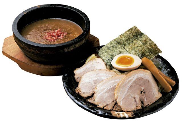 【北陸のラーメン】アツアツ石鍋で濃厚海老ダレを堪能できる「札幌海老麺舎」
